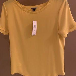 Ladies shirt sleeve top